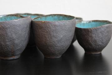 Blue mugs, 2015