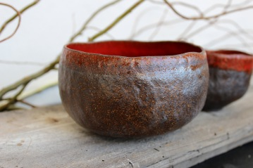 Red bowls, 2017