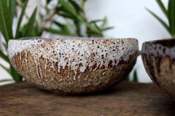 Spotty white Roots bowl