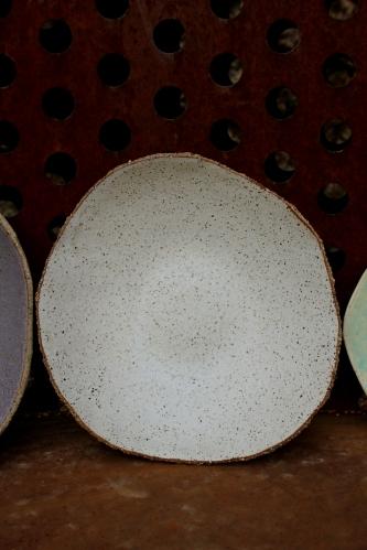 Spotty white big plate