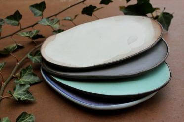 Vivid violet, lagoon turquiz, lavander violet amd smokey white plate