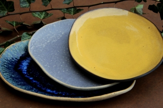 Ocean blue, smokey violet and yellow plate